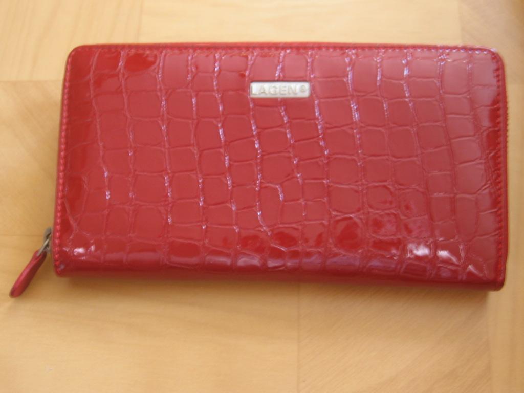 Luxusní dámská,červená, kožená peněženka,Lagen penál,poštovné zdarma