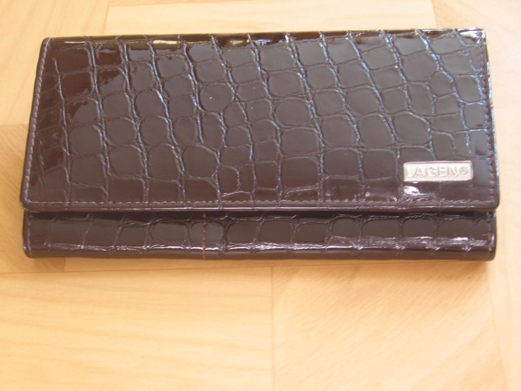 Luxusní dámská kožená peněženka Lagen V 102, hnědá,poštovné zdarma