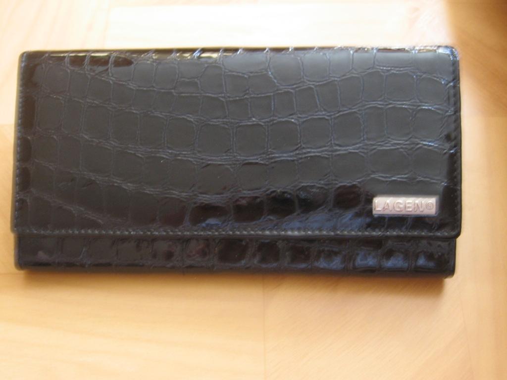 Luxusní dámská kožená peněženka Lagen V 102,černá,poštovné zdarma