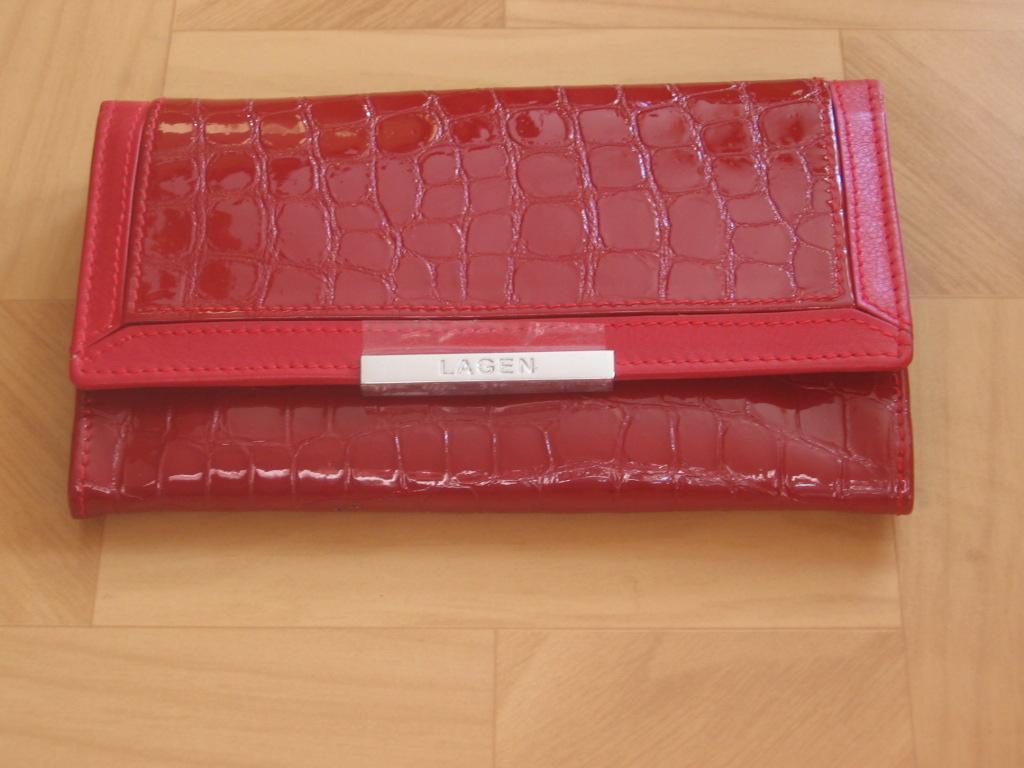 Luxusní dámská,červená, kožená peněženka,Lagen 614811,poštovné zdarma