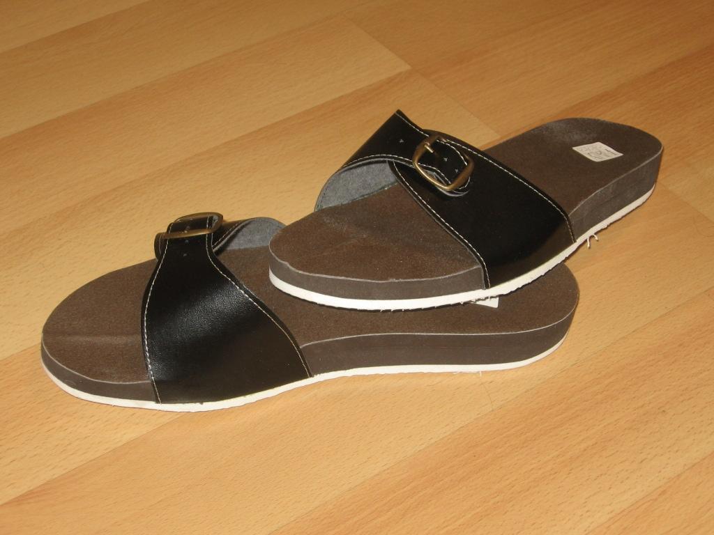 Zdravotní pantofle pánské černé
